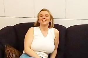 dutch:bijstands moeder kimberly (welfare mother)
