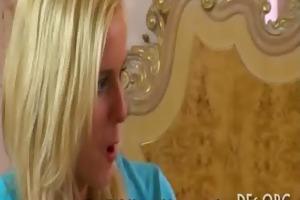 gal loses her virginity