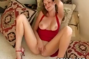 babe masturbates nicely